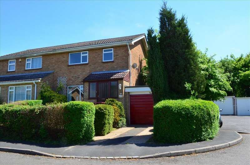 3 Bedrooms Semi Detached House for sale in Wallers Close, GREAT CHISHILL, SG8