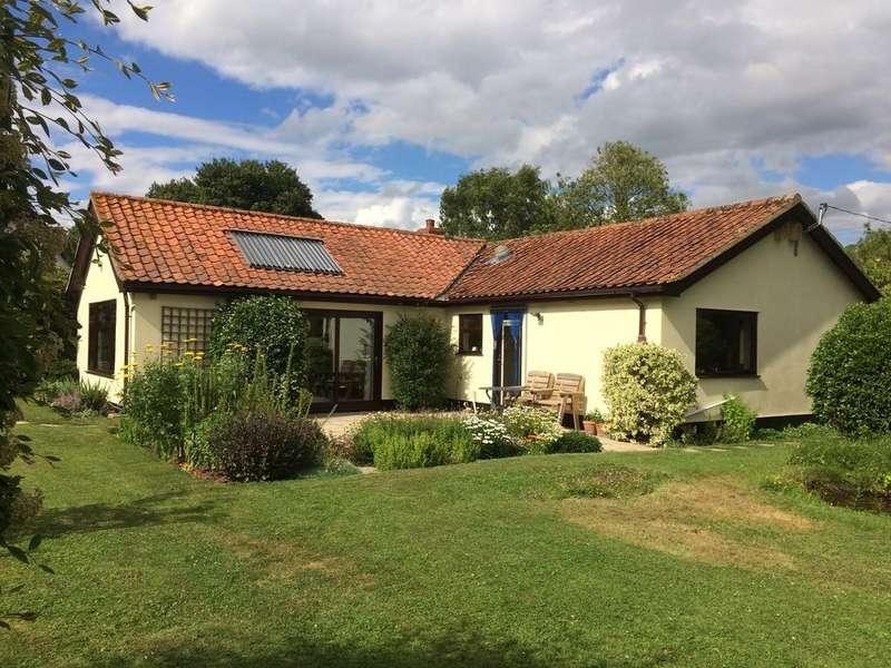 3 Bedrooms Detached Bungalow for sale in Monk Soham, Nr Debenham, Suffolk