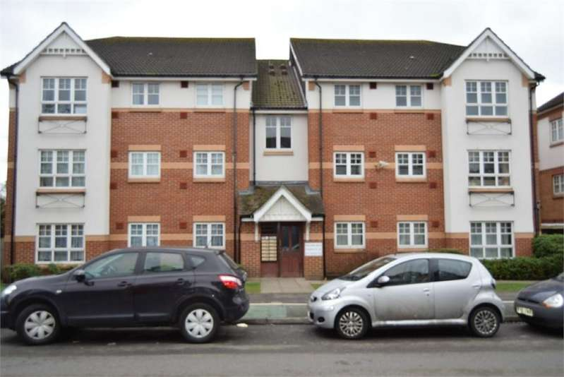 2 Bedrooms Flat for sale in Williams Drive, Hounslow, Greater London