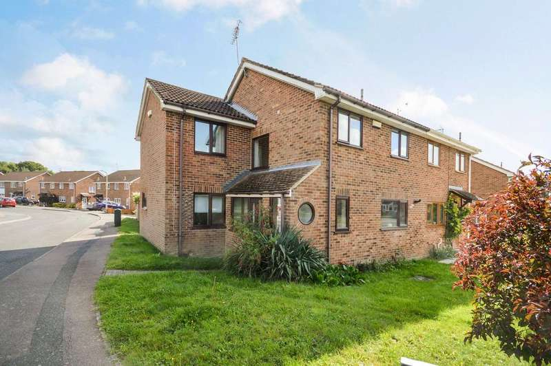 3 Bedrooms Semi Detached House for sale in Ashford, TN23