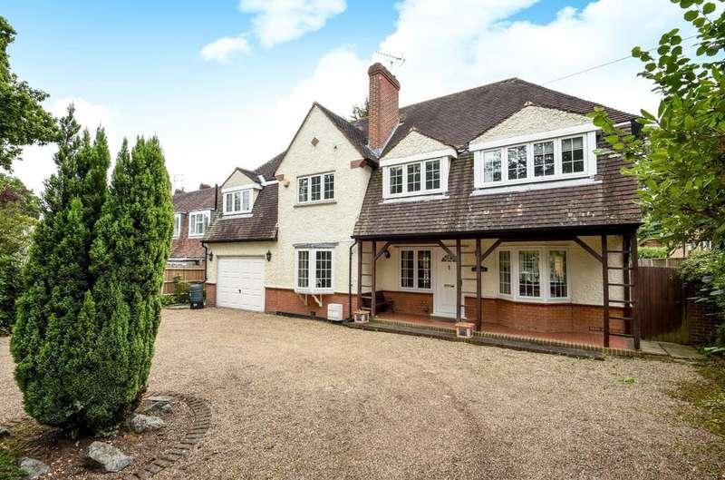 5 Bedrooms Detached House for sale in Westerham Road Keston BR2
