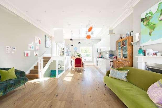 4 Bedrooms House for sale in Portobello Road, London, W11