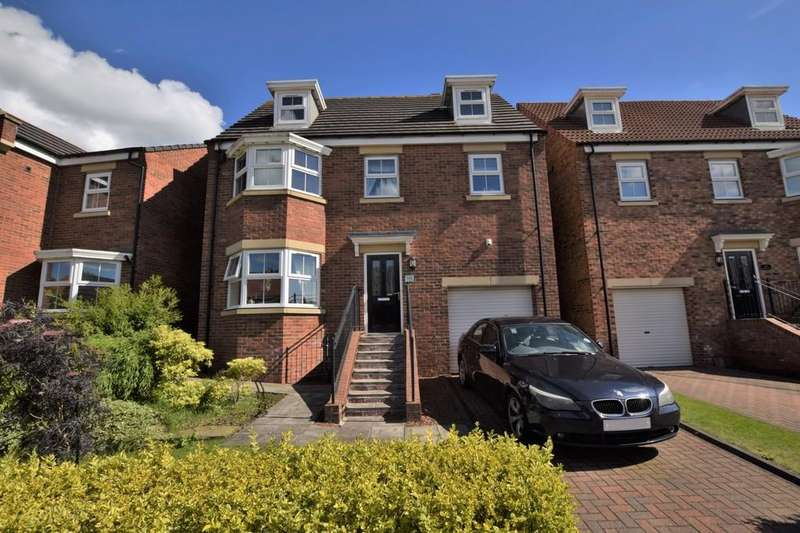 4 Bedrooms Detached House for sale in Orchard Grove, Greenfields, Kip Hill