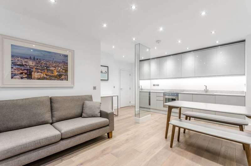 2 Bedrooms Flat for sale in Pepys Street, City, EC3N