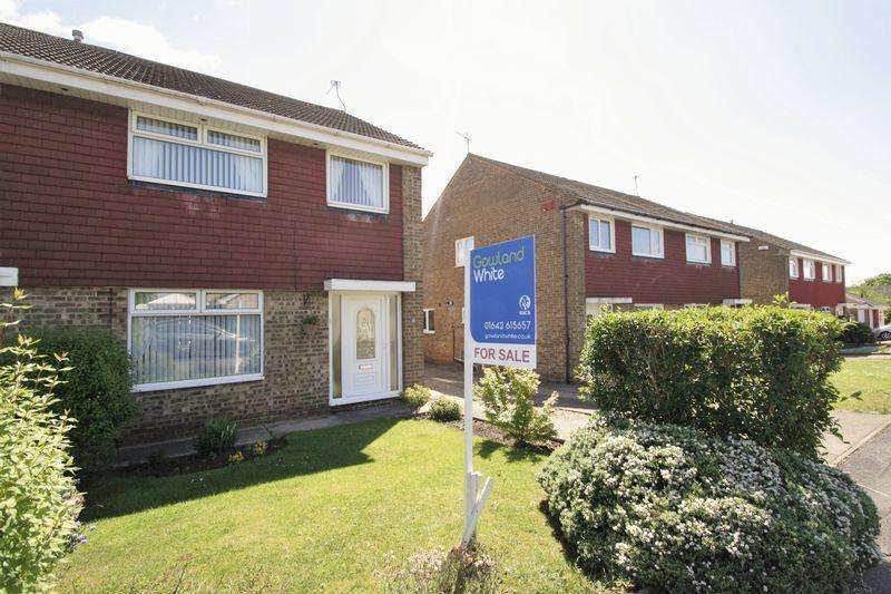 3 Bedrooms Semi Detached House for sale in Croxton Close, Fairfield, Stockton, TS19 7SW