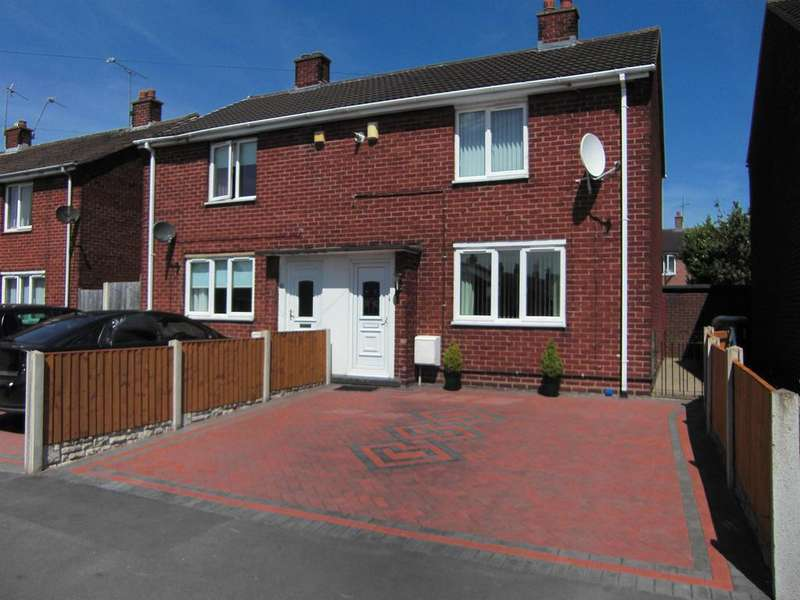 2 Bedrooms Semi Detached House for sale in Rose Grove, Wrexham, LL13 9DP