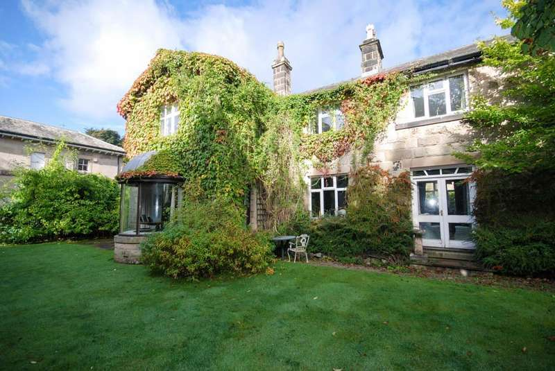 6 Bedrooms Detached House for sale in Trees, Corbar Road, Buxton