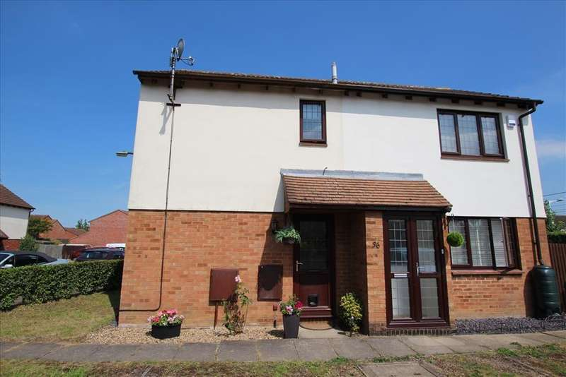 2 Bedrooms End Of Terrace House for sale in Larkins Close, BALDOCK, SG7