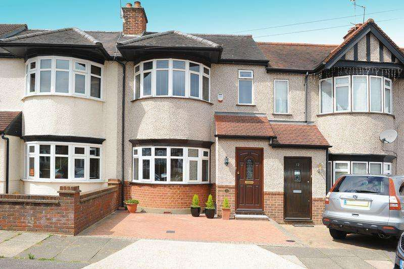 3 Bedrooms Terraced House for sale in Shaldon Drive, HA4