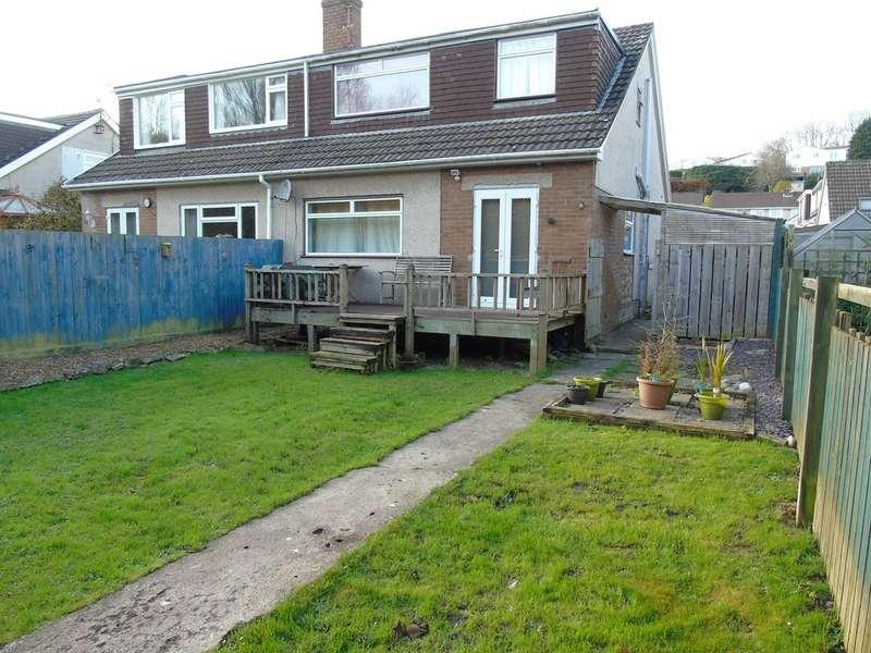 4 Bedrooms Semi Detached House for sale in St Bleddians Close, Cowbridge, Cowbridge