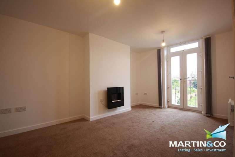 2 Bedrooms Flat for rent in Poplar Road, Bearwood, B66