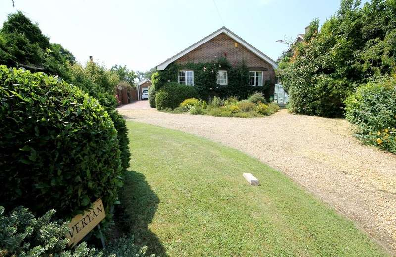 4 Bedrooms Detached Bungalow for sale in Freshwater Bay, Isle Of Wight