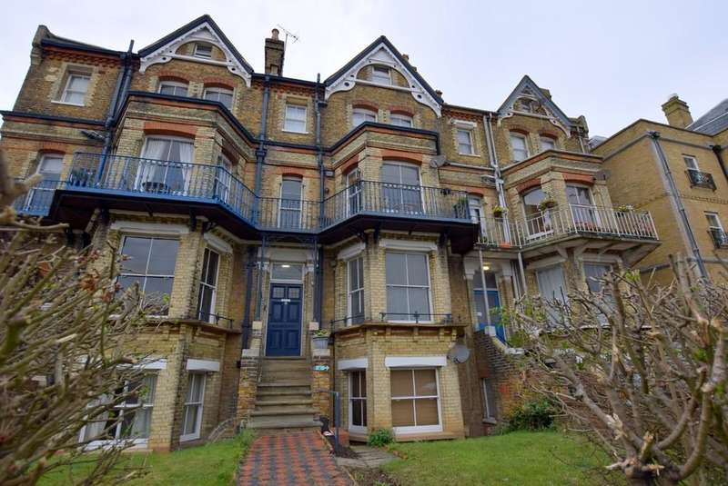 1 Bedroom Ground Flat for sale in Canterbury Road, Herne Bay