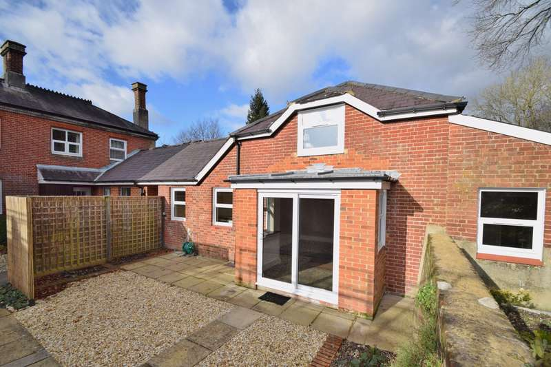 2 Bedrooms House for sale in Headbourne Worthy