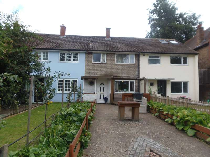 3 Bedrooms House for sale in Norwood Road, Herne Hill