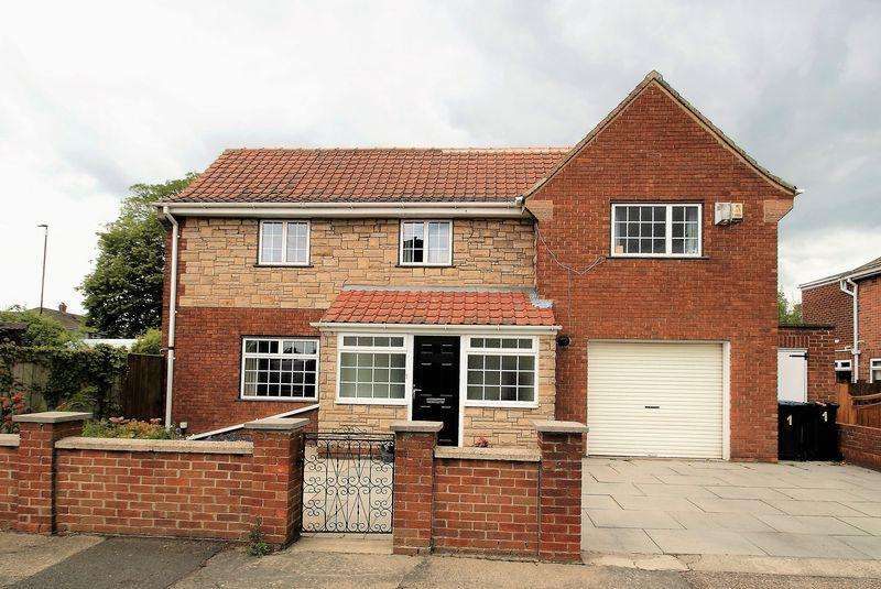 3 Bedrooms Detached House for sale in Reigate Avenue, Middlesbrough