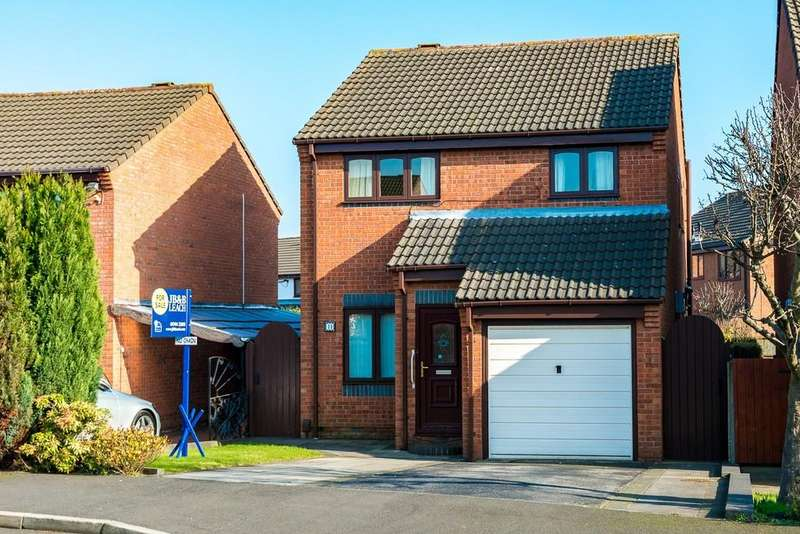 3 Bedrooms Detached House for sale in Alpine Close, Eccleston, St. Helens