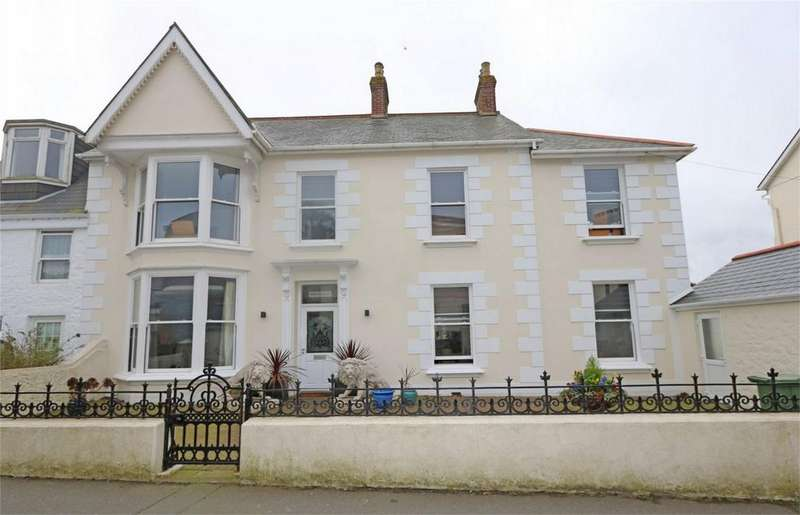 5 Bedrooms Semi Detached House for sale in Pen-Y-Bryn, Les Gravees, St Peter Port