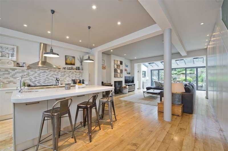 6 Bedrooms Terraced House for sale in Leysfield Road, Shepherd's Bush