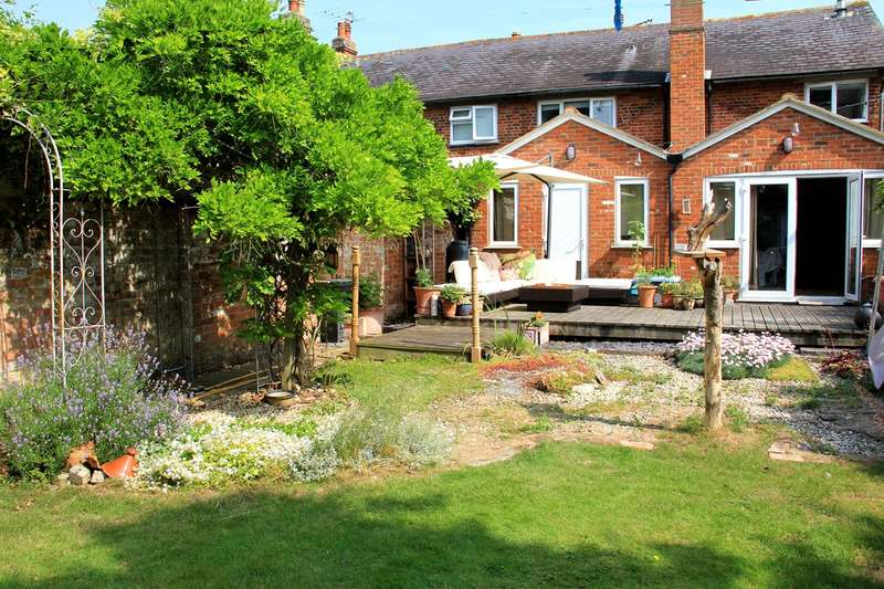 4 Bedrooms Terraced House for sale in Church Lane, Reed, SG8