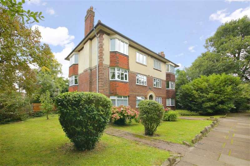 2 Bedrooms Flat for sale in Lynwood Grove, Winchmore Hill, London