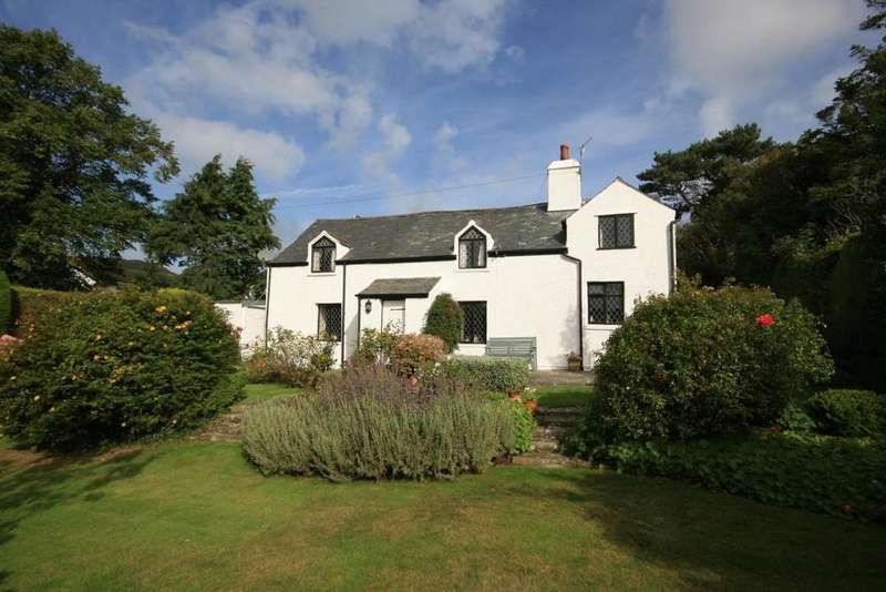 3 Bedrooms Detached House for sale in Sychnant Pass Road, Conwy, LL32 8RE