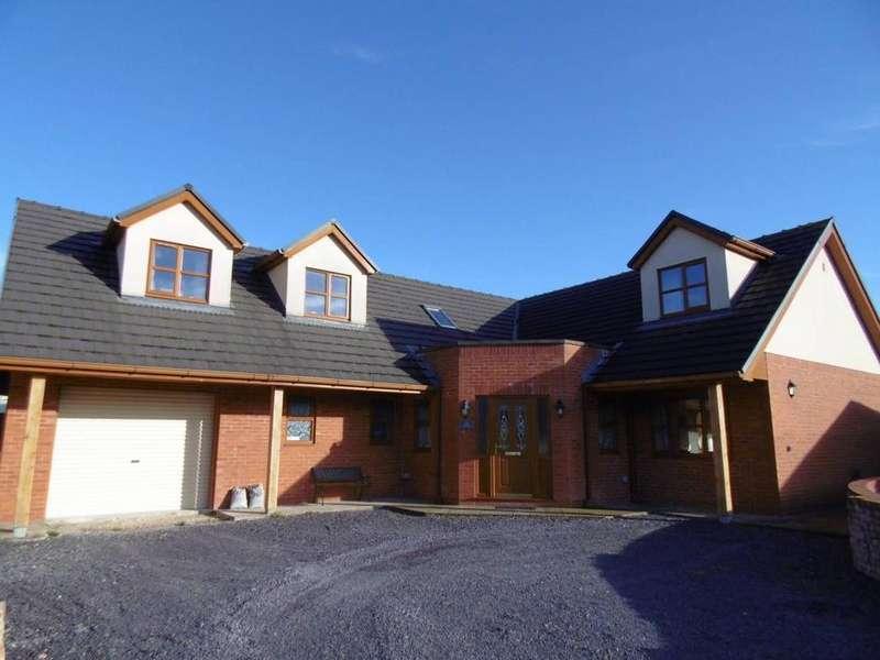 4 Bedrooms Detached House for sale in Poplar Grove, Llanrwst, LL26 0ED