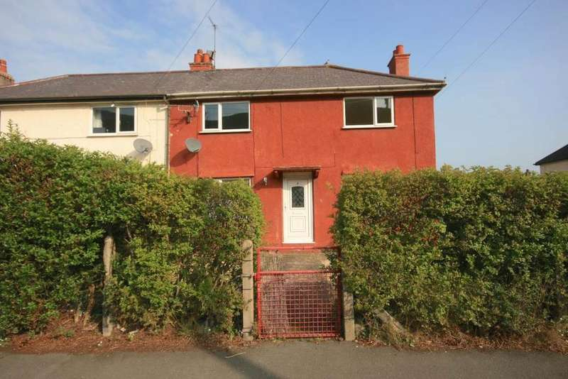 3 Bedrooms Semi Detached House for sale in 2 Penmaen Crescent, Conwy, LL32 8HD