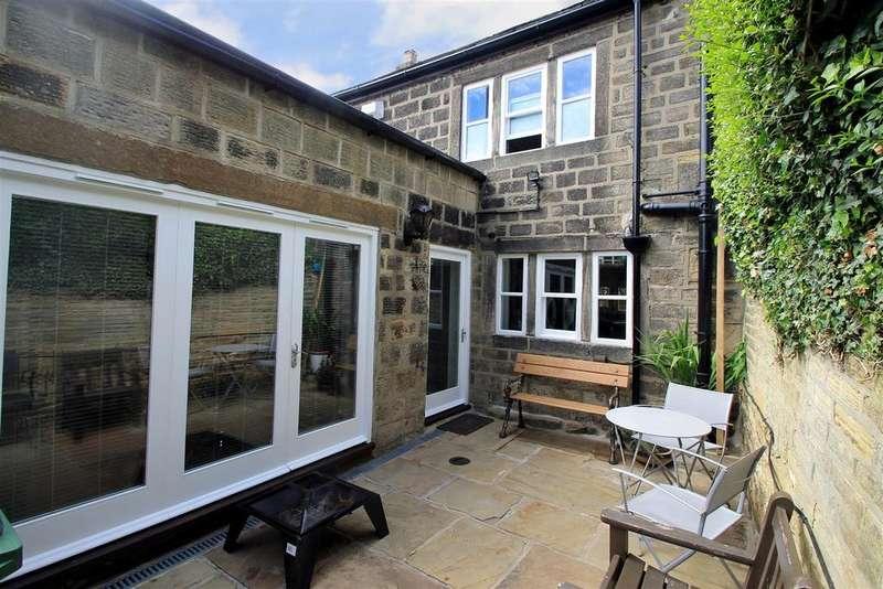 3 Bedrooms Terraced House for sale in Micklefield Lane, Rawdon, Leeds