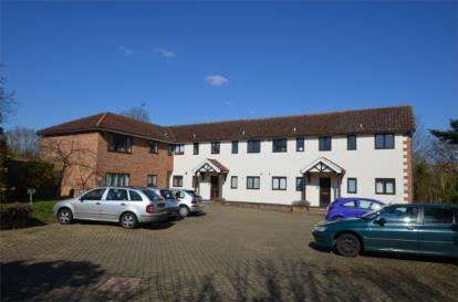 1 Bedroom Flat for sale in Willowdene, Mill Lane, Watton At Stone, Hertford
