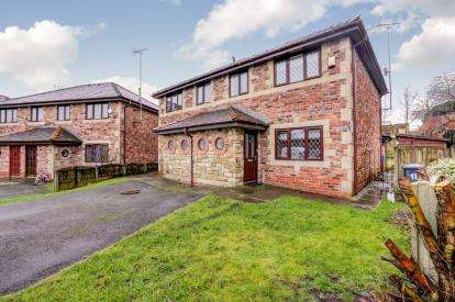 3 Bedrooms Semi Detached House for sale in Woodhill Vale, Bury, Greater Manchester, BL8