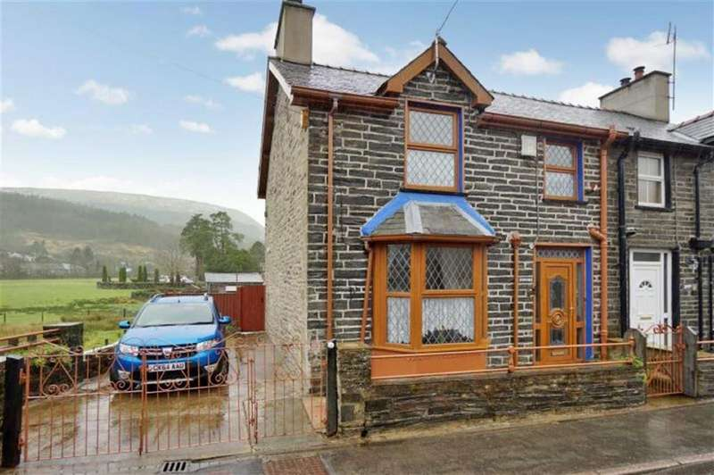 3 Bedrooms Semi Detached House for sale in Dolwyddelan, Betws Y Coed