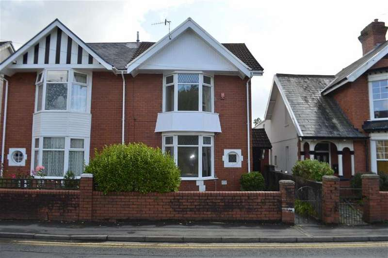 4 Bedrooms Semi Detached House for sale in Dillwyn Road, Swansea, SA2