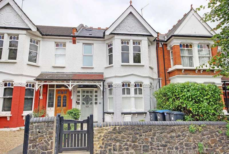 2 Bedrooms Flat for sale in Eaton Park Road, Palmers Green, London, N13