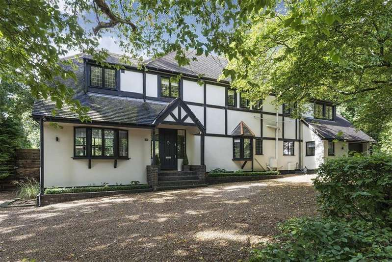 5 Bedrooms Detached House for sale in Hendon Wood Lane, Mill Hill, London, NW7