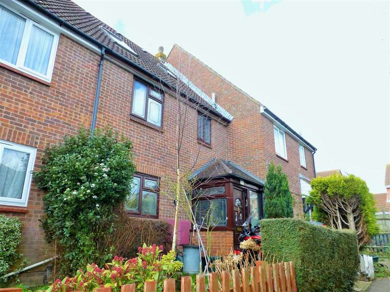 4 Bedrooms Terraced House for sale in Tony Webb Close, Highwoods, Colchester