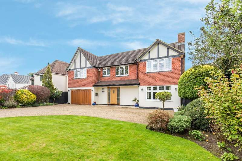 5 Bedrooms Detached House for sale in Redvers Road, Warlingham, Surrey, CR6 9HN