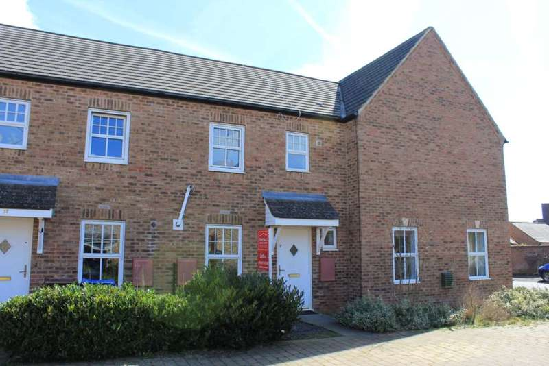 3 Bedrooms Terraced House for rent in Winston Drive, Hanwell Fields, Banbury