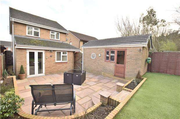 3 Bedrooms Detached House for sale in Stoneleigh Drive, Barrs Court, BS30 7BZ