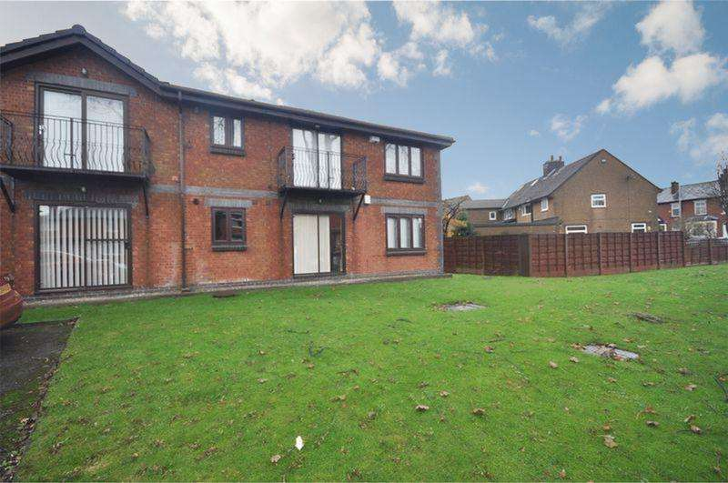 2 Bedrooms Apartment Flat for sale in Egerton Street, Heywood