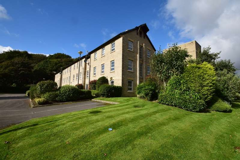 2 Bedrooms Apartment Flat for sale in Gale Close, Littleborough OL15