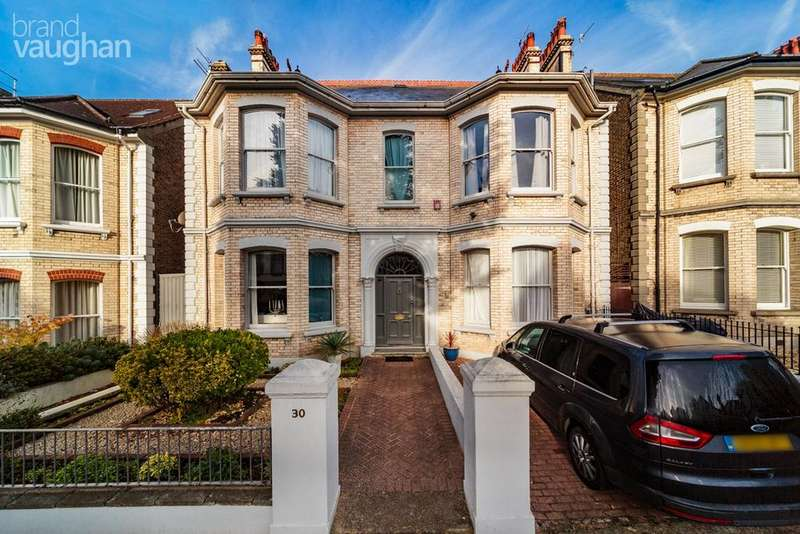 7 Bedrooms Detached House for sale in Wilbury Gardens, Hove, BN3