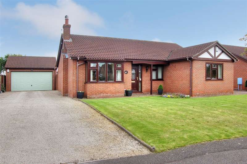 3 Bedrooms Bungalow for sale in Thornton Way, Cherry Willingham