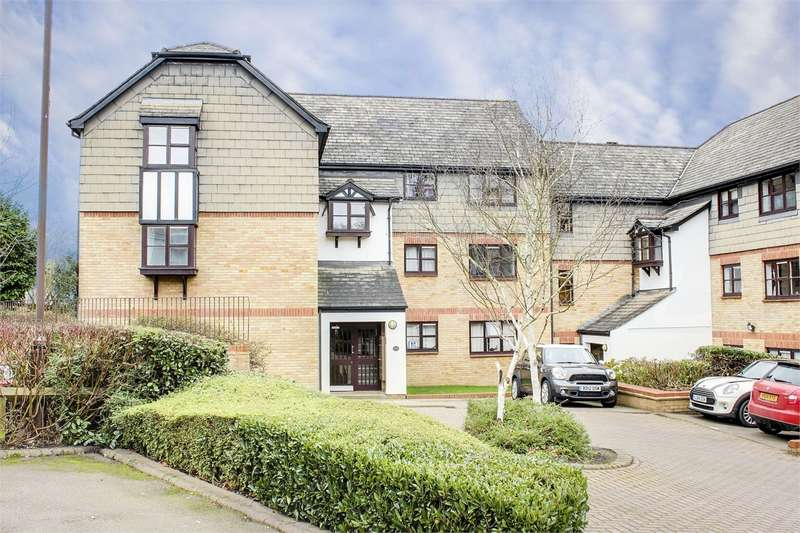 2 Bedrooms Flat for sale in Chiltern Court, Pages Hill, Muswell Hill, London