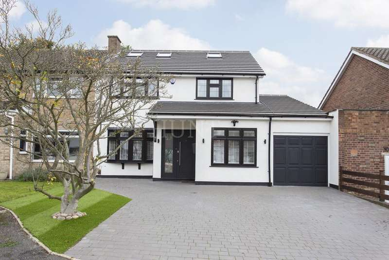 4 Bedrooms Semi Detached House for sale in Daylop Drive, Chigwell IG7