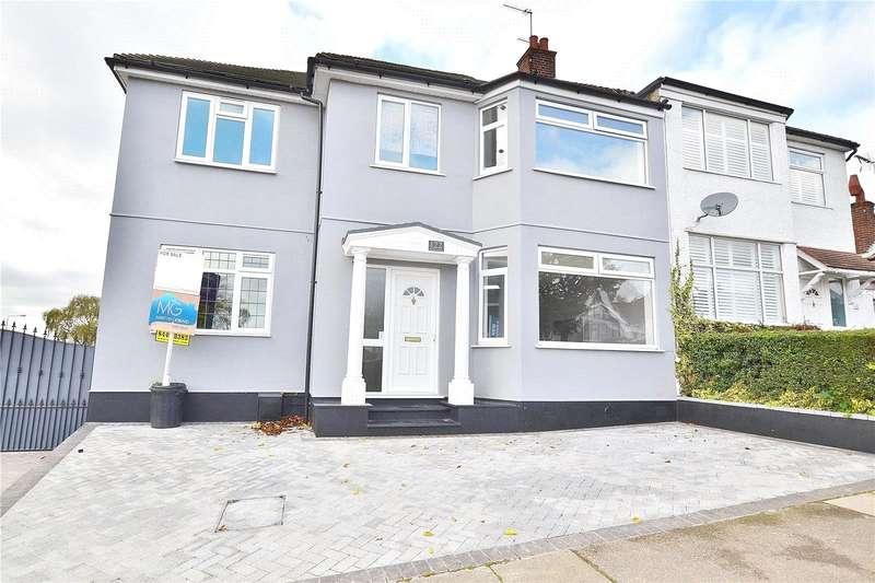 House for sale in Bedford Avenue, Barnet, EN5