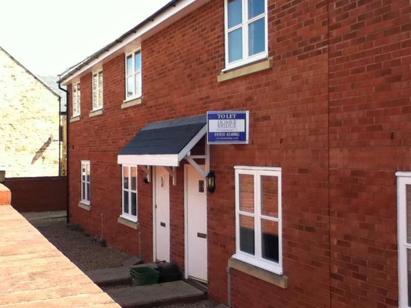 2 Bedrooms Terraced House for rent in Glovers Mews, Central Road, Yeovil BA20