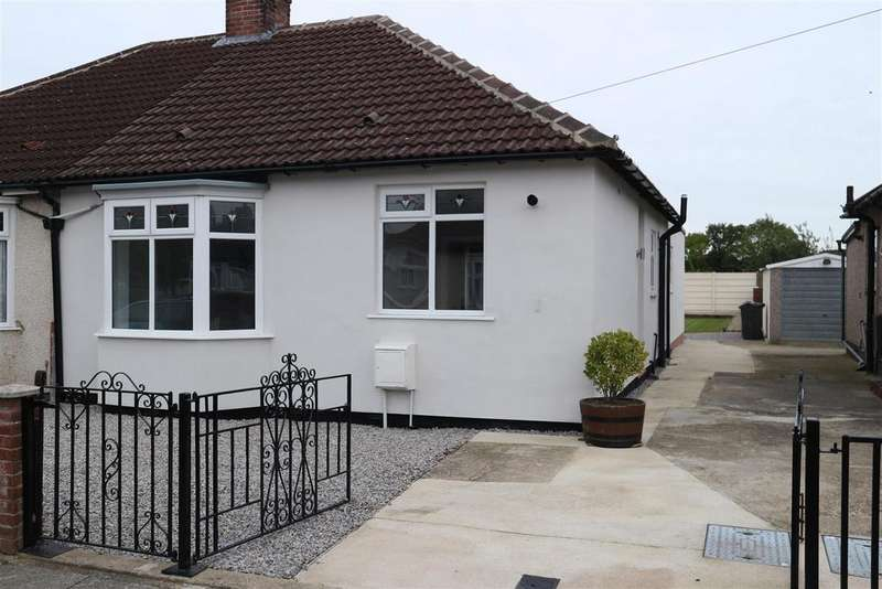 3 Bedrooms Semi Detached Bungalow for sale in The Byway, Darlington