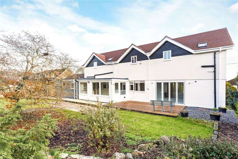 5 Bedrooms Detached House for sale in Elmhurst Road, Thatcham, Berkshire, RG18