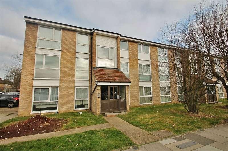 2 Bedrooms Flat for sale in Lynn Road, NEWBURY PARK IG2